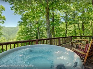 Horseshoe Cabin 2/2cabin *Hot Tub*Romantic*Views & Near Town, hiking and skiing
