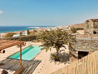 4 BDR | 4 BTHR Sea View, Private pool, Sleeps 11