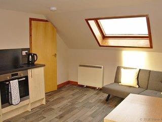 The Attic Flat 2 bedroom modern apartment in centre of Thurso