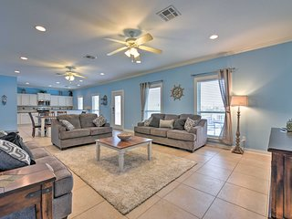 NEW! Crystal Beach Home - Walk to Gulf of Mexico!