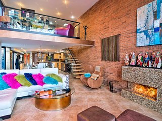 Contemporary House in Cherry Creek North!