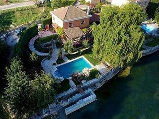 Villa Old Garden