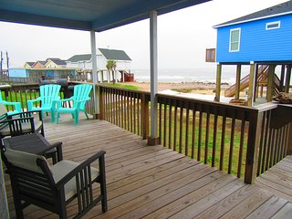UNOBSTRUCTED OCEAN VIEWS 2nd ROW BEACH HOME!!