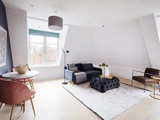 Sonder | The Arts Council | Cozy 1BR + Laundry