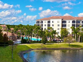 DISNEY GETAWAY! GREAT 3BR/2BA APARTMENT, POOL, HOT TUB