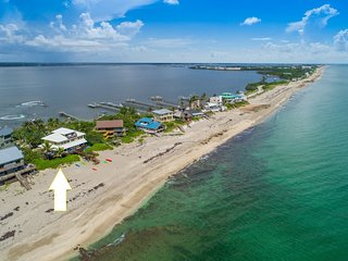 'Xanadu':8BR/6BA, Directly ON Beach! Ocean+River, Elevator, Dock,etc