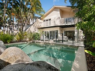 Port Douglas Condo on the Beach