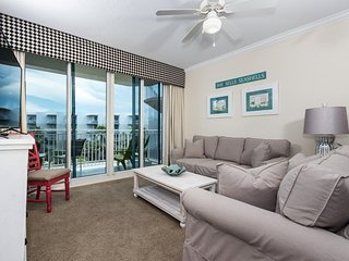 Waterscape 5th Flr  A side 1-bedroom -on the beach-