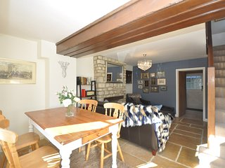 73628 Cottage situated in Burford (4mls NE)