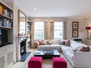 Beautiful Battersea 3 bed w Garden & WOW factor!