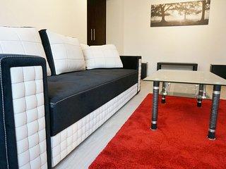 Korona - Fantastic One Bedroom Apartment Downtown