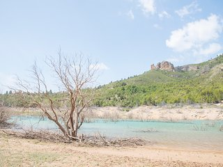 El Soleral. Casa a orillas del río tus del pantano de la fuensanta