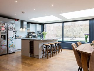 New! Beautiful 4bed family home, Northcote Road