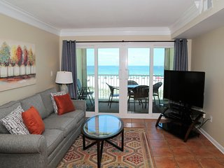 25% Off Nov! Castaways 2C ~ Direct Gulf Front Balcony, Right on the Beach ~ Prim
