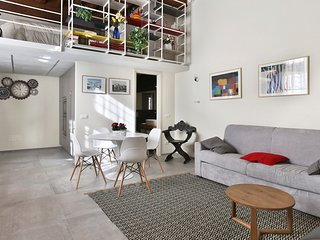 Casa Miranda. Modern loft in the historic center
