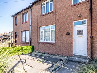 TOMEG, pet-friendly, lawned garden, conservatory, great for exploring the
