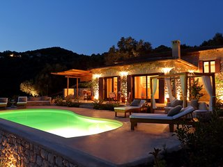 Amapola Luxury Villas - Villa Phos w/ private pool