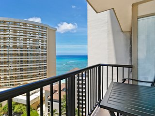 Rare! Private-Owned 1 Bedroom/2 Bath at Imperial Hawaii Resort