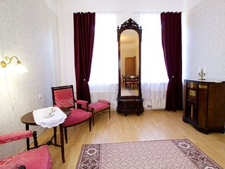 Aristocratic apartment near Hermitage