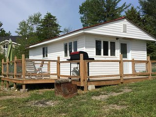 Hideaway, Large private enclosed deck, great for little ones or pets.Super cute!