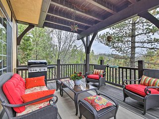 Luxury Lake Arrowhead Home w/Deck, 3 Mi to Village