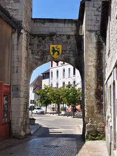 Porte de la vielle ville