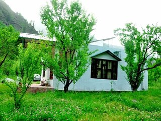Lush Green Cottage In Manali