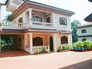 Admirable 4 BHK Luxury Villa With Swimming Pool