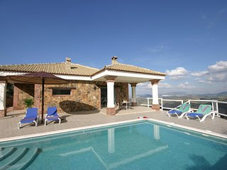 El Gastor Villa Sleeps 4 with Pool Air Con and WiFi - 5604496