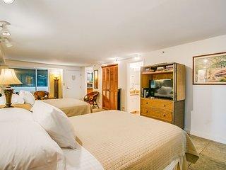 Diamond Head Beach Hotel 103
