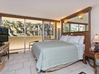Diamond Head Beach Hotel 505