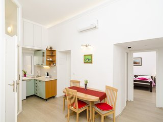 Old Town Finest - One-Bedroom Apartment (2+1 Adults) - Lucarica 2 Street
