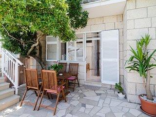 Apartments Nikolina (LU) - Studio with Terrace