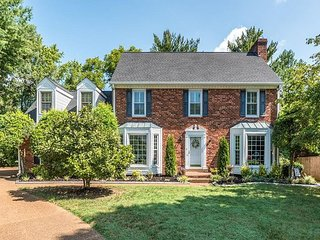 Newly Updated, Family-Friendly Home -- Minutes from Downtown Franklin