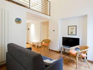Luxury Rosa Flat-Sofia's House