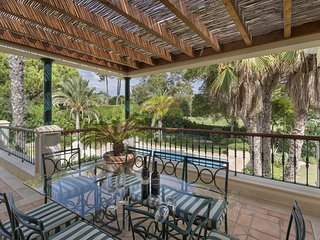 Stunning Private Rustic 5 Bed Villa with Pool in Quinta do Lago