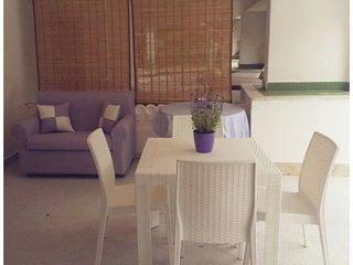 A 200 mt dal mare, grazioso e confortevole appartamento in villa