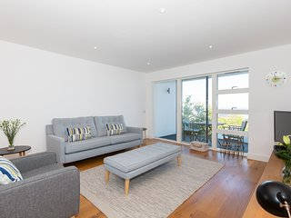 Samphire sea view apartment with parking sleeps 4 , St Ives, Cornwall