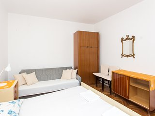 Guest House Ljubica - Double Room with Private Bathroom-2 2