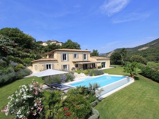 1345303 villa with heated pool, 4 airconditioned bedrooms all with ensuite baths