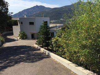 Villa d'architecte moderne vue mer Ajaccio 5mn plages et centre ville