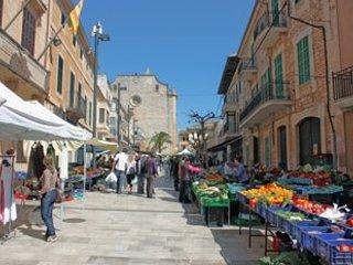 Market in Santanyi