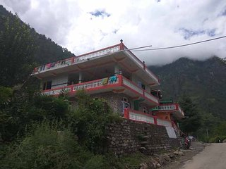 Super Attractive Homestay In Kullu