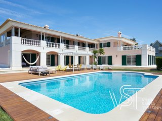 Villa Santa Teresinha: Luxury holiday Villa with swimming pool near the beach