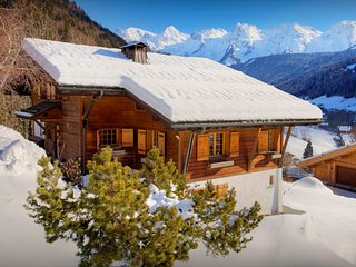 5* Walk to village restaurants from this stunning Alpine home - OVO Network