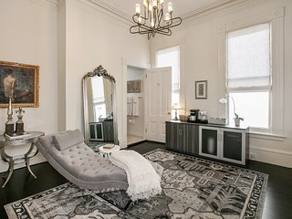 Relax in the Extensive Library at a Pacific Heights Hideaway