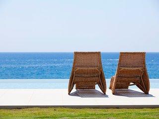 Kiotari Villa Sleeps 7 with Pool and Air Con