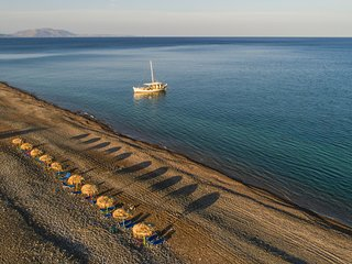 Lachania Villa Sleeps 7 with Pool and Air Con - 5769470
