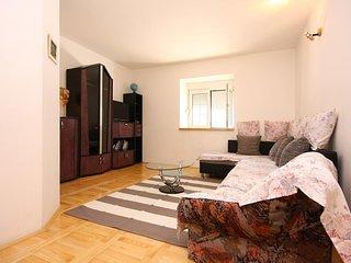 Three bedroom house Jadrtovac (Šibenik) (K-16468)