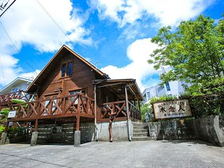 ★COZY LOG HOUSE★RICH IN NATURE/10people/FREE WiFi/